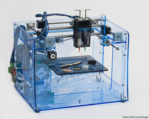 Fab@Home_Model_1_3D_printer from Wikipedia.org