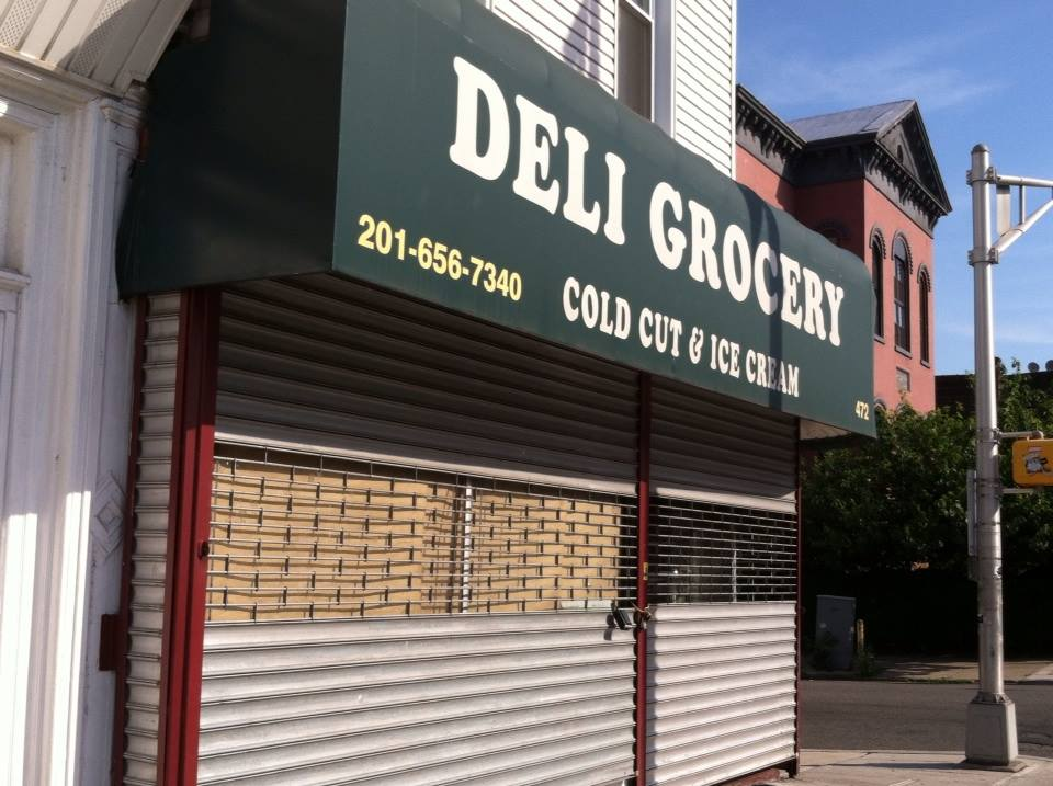 deli newsstand on congrees street - new business coming