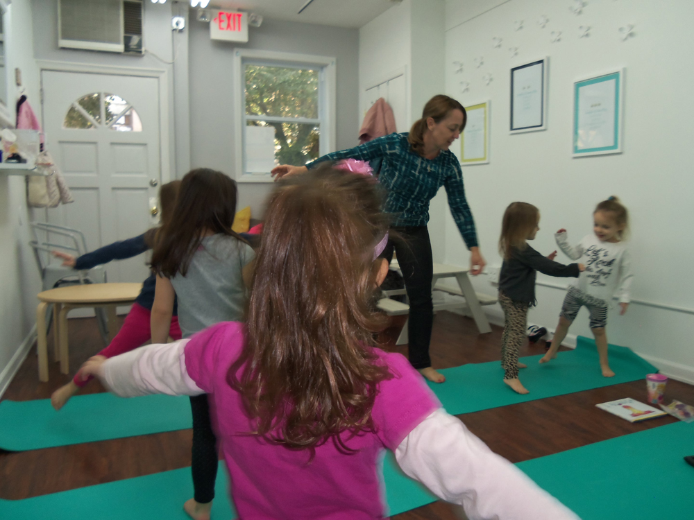 kids yoga and art in Hoboken