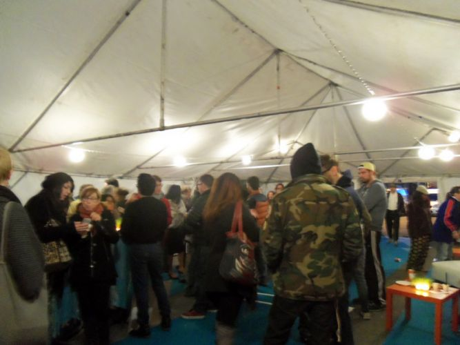 closing-party-jcast-tent-crowd